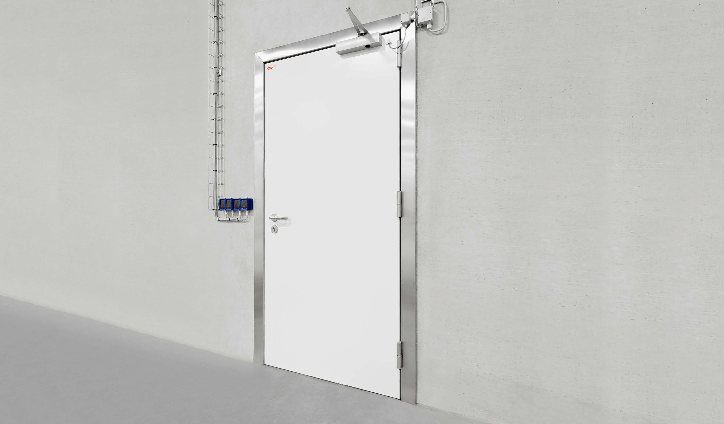 GT-T30 Hinged fire door for freezers