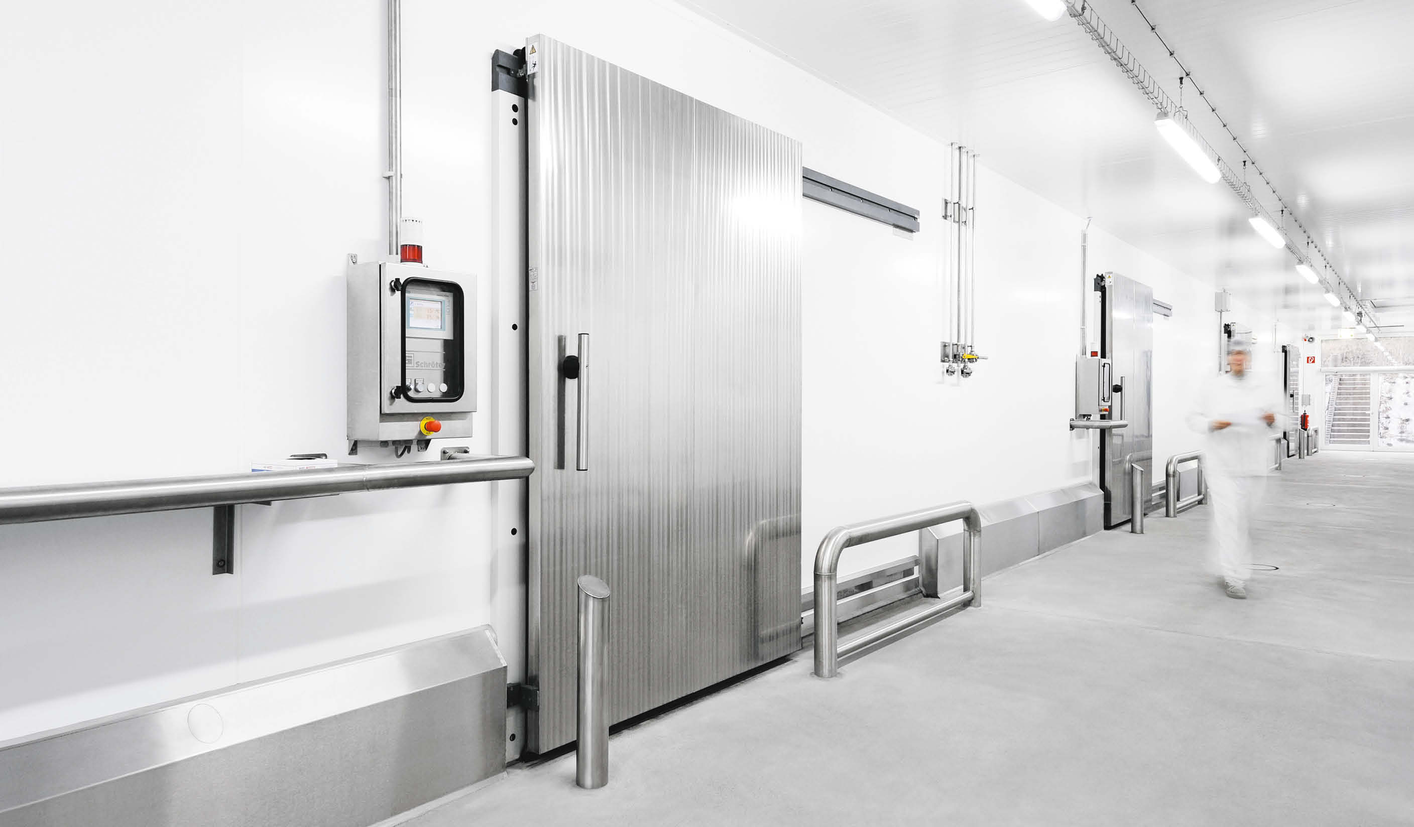 CI8 Sliding door for chillers with manual operation
